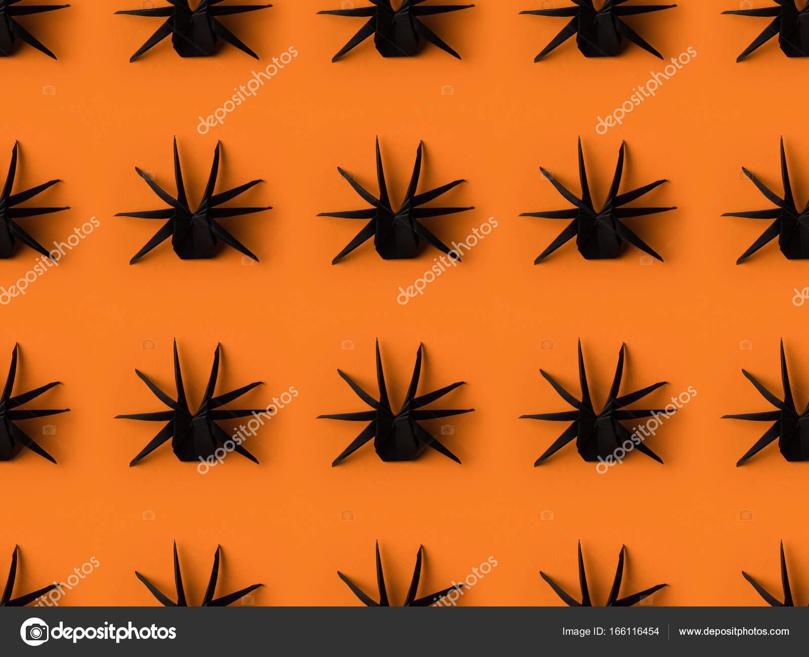 texture des araignées origami — photographie antonmatyukha © #166116454