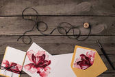 Fotografie holiday invitations with floral illustrations