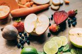 čerstvé syrové ovoce a zelenina