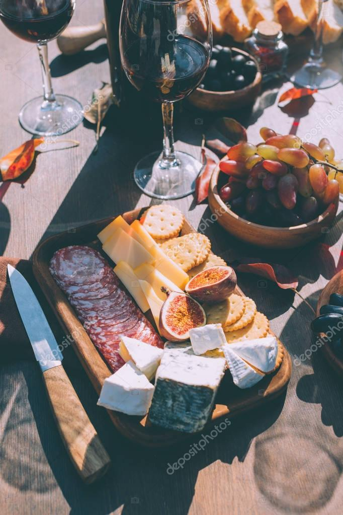 snacks for red wine