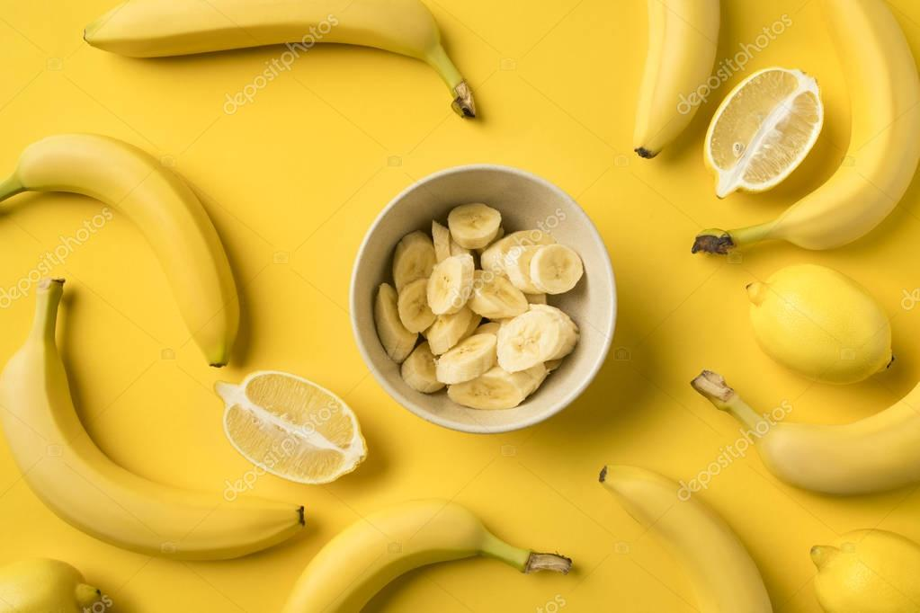 Plate with cut bananas
