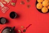 orientální dekorace a čajový set