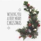 Fotografie Jedle větve s vánoční koule