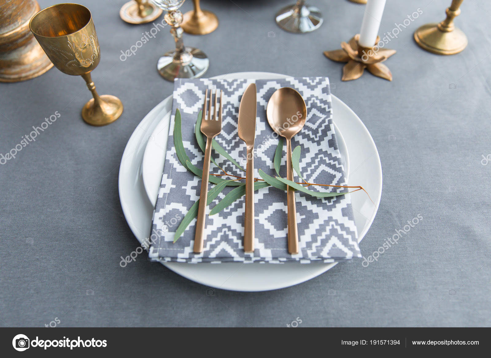 Close up view of rustic table setting with vintage tarnished silverware napkin on plates green plant and wine glasses u2014 Photo by AntonMatyukha & Close View Rustic Table Setting Vintage Tarnished Silverware Napkin ...