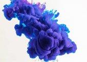 Fotografie abstrakt Design mit blau und lila Rauch, isoliert auf weiß