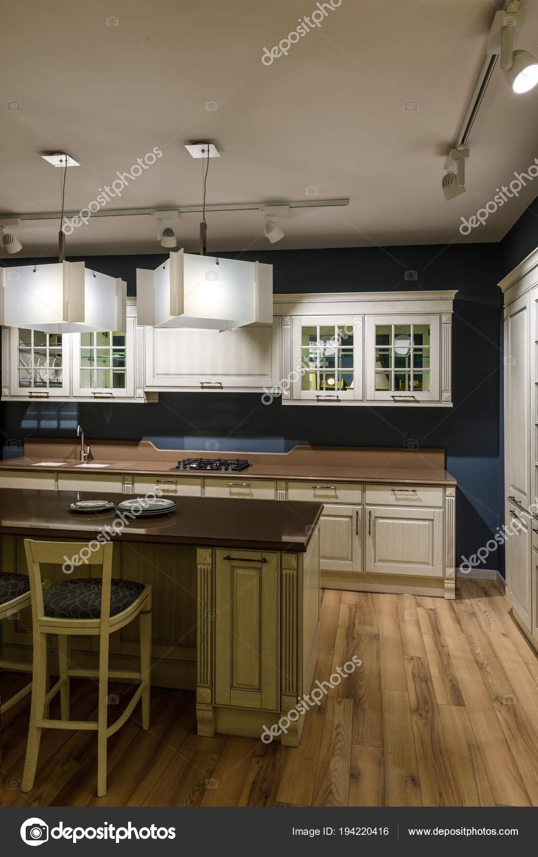 lampen kuche latest lampen fr kche neu groartig lampen fr. Black Bedroom Furniture Sets. Home Design Ideas