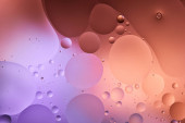 Fotografie kreativní abstraktní fialová a růžová barva textury ze smíšené vody a olejových bublin