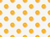 Horní pohled na oranžové řezy na bílém pozadí