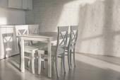 sluneční světlo v blízkosti židlí u stolu v moderní kuchyni