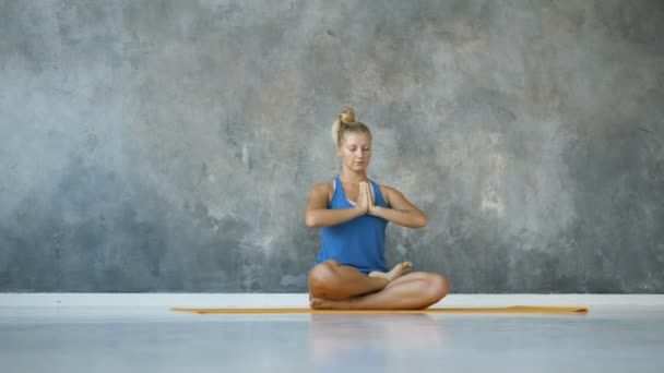 woman meditation home studio eyes closed, healthy lifestyle, sport copyspace, space for text
