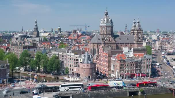 Staré budovy v centru Amsterdamu, timelapse