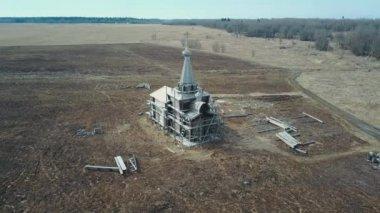 Letecký pohled zničil kostel zatažené počasí Rusko Petrohrad 02