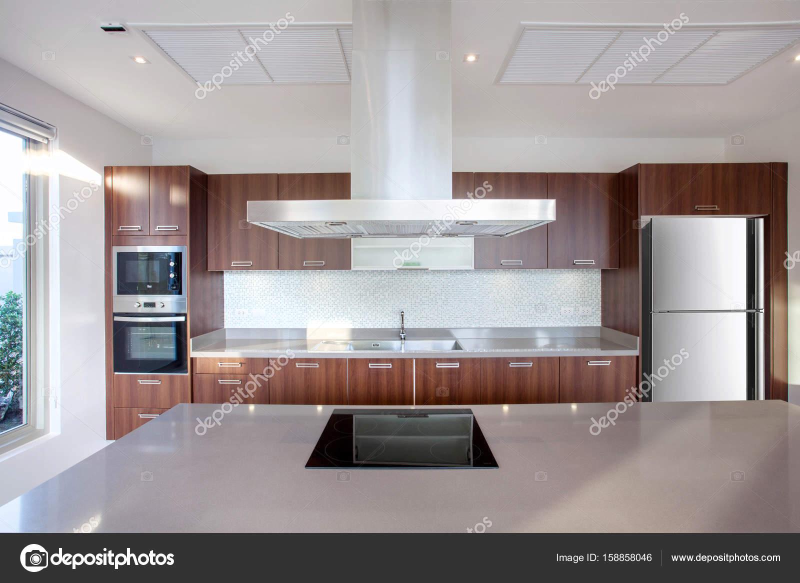 Villa Com Piscina Interior Design De Luxo Na Rea De Cozinha Que