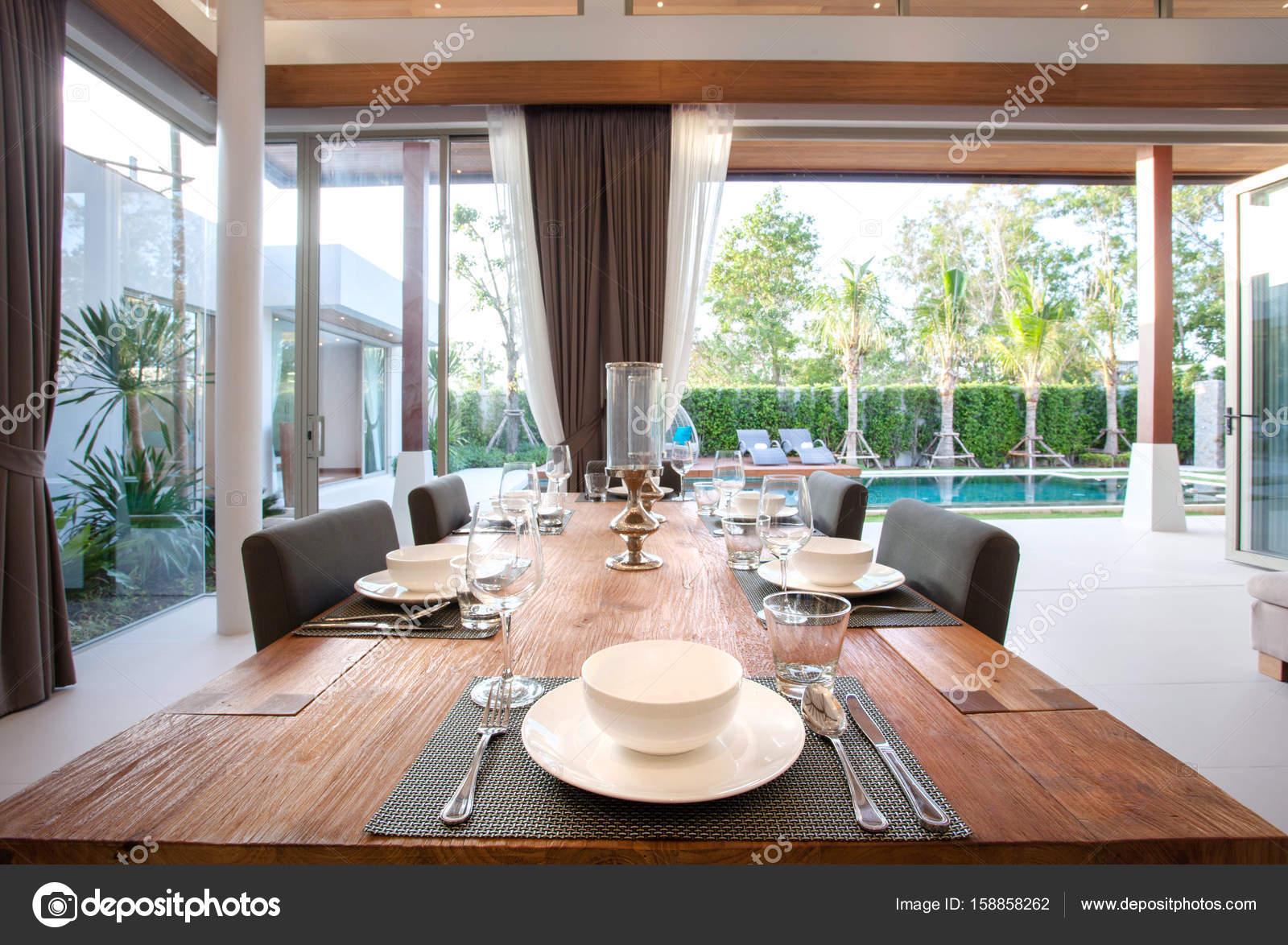 Lichte Luchtige Woonkamer : Luxe interieur in de woonkamer van zwembad villa s luchtige en