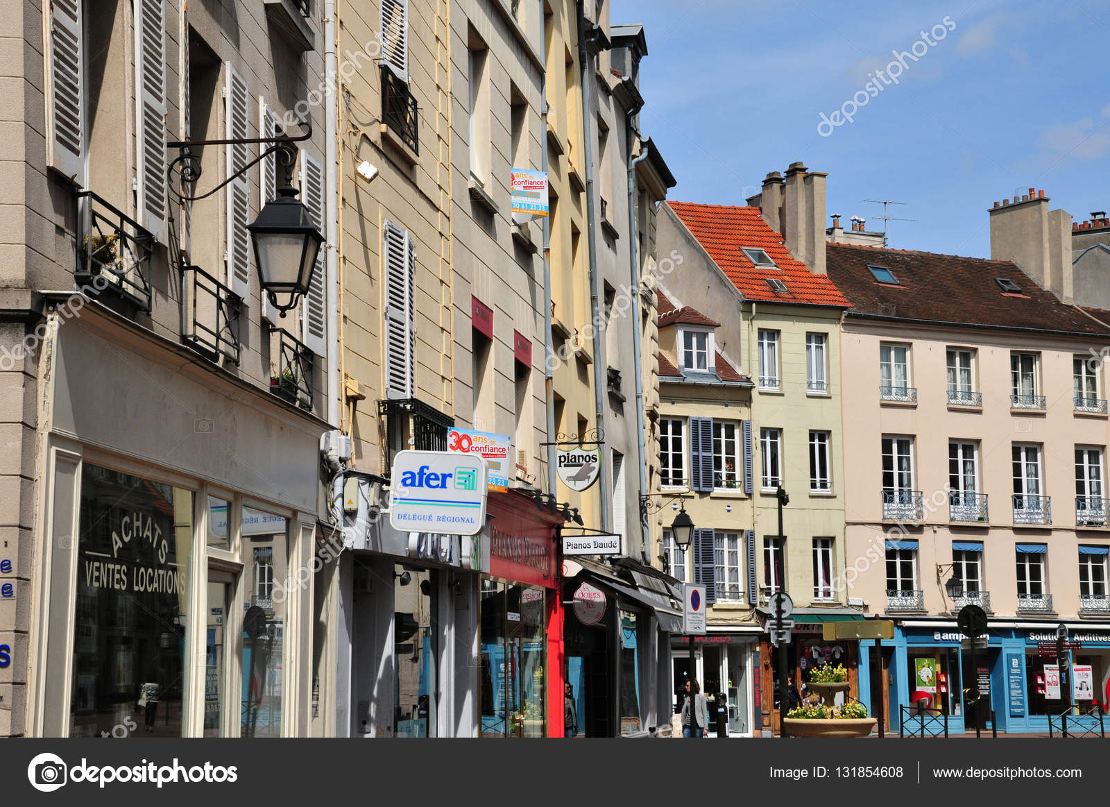 saint germain en laye france may 2 2016 picturesque city ce stock editorial photo. Black Bedroom Furniture Sets. Home Design Ideas
