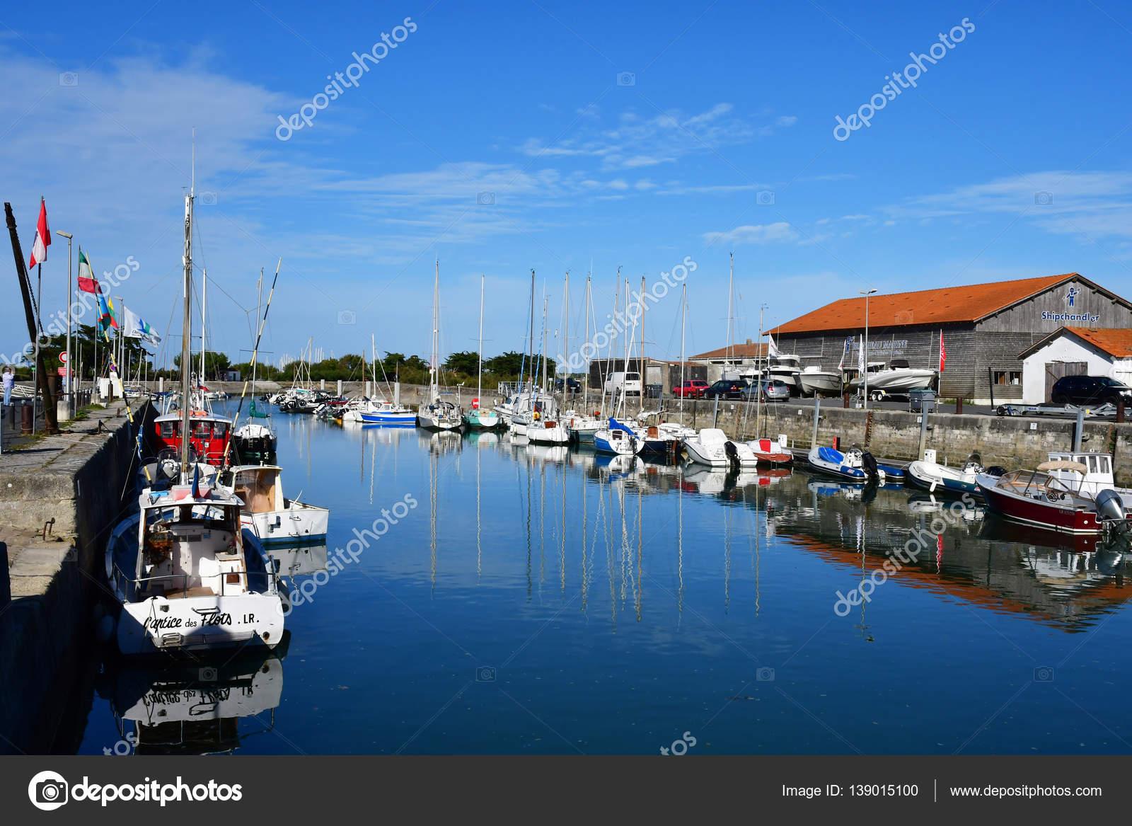 ars en re france september 26 2016 port stock editorial photo