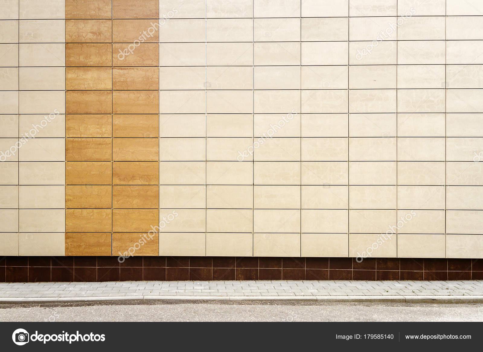 moderne beige metall fliesen wand — stockfoto © taigi #179585140