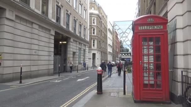 telefonní budka v Londýně