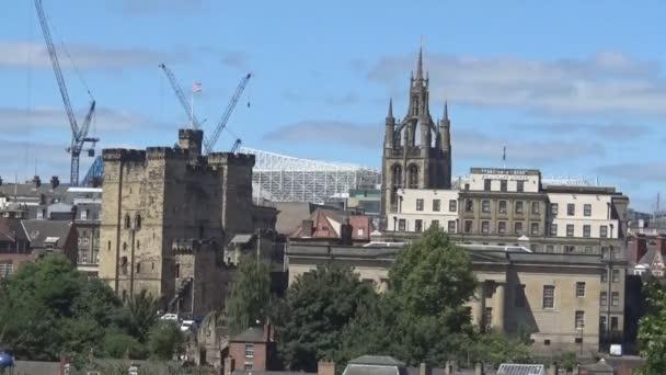 Una vista sullantico castello e Torre in estate di Newcastle upon Tyne, Regno Unito, moderno 2017
