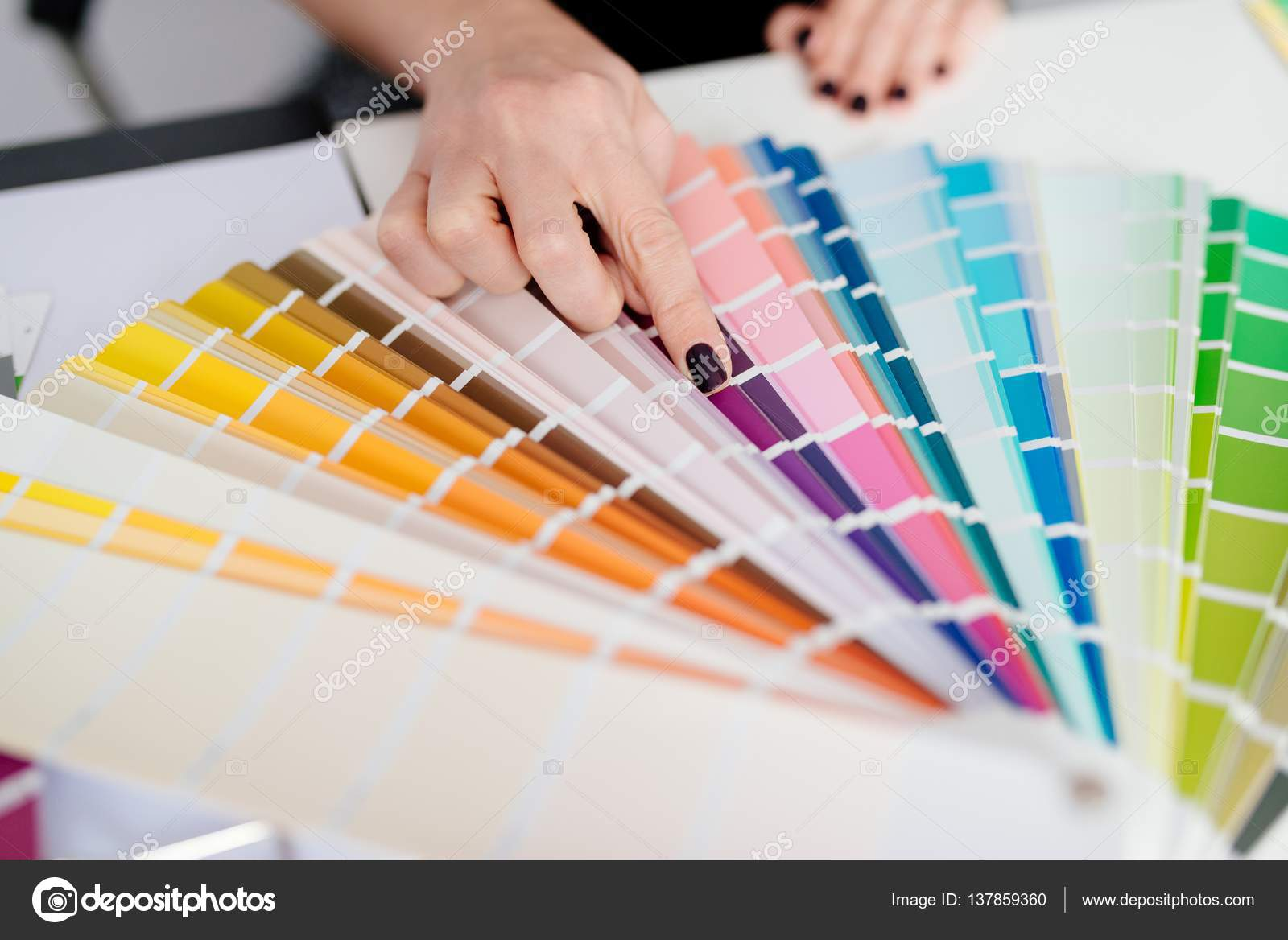 Delightful Woman Designer Or Architect Choosing Color U2014 Stock Photo