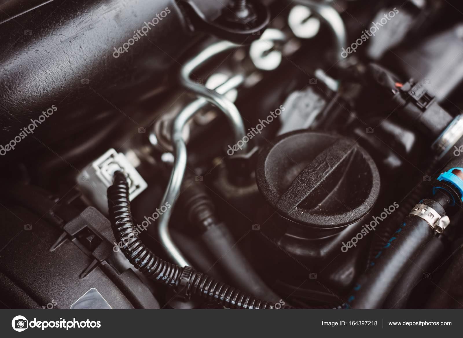 Tapa de aceite motor diesel turbo moderno — Fotos de Stock ...