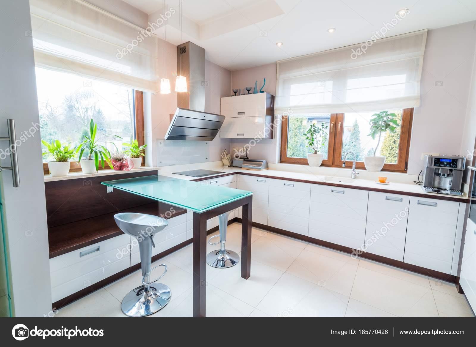Weiße Moderne Küche U2014 Stockfoto
