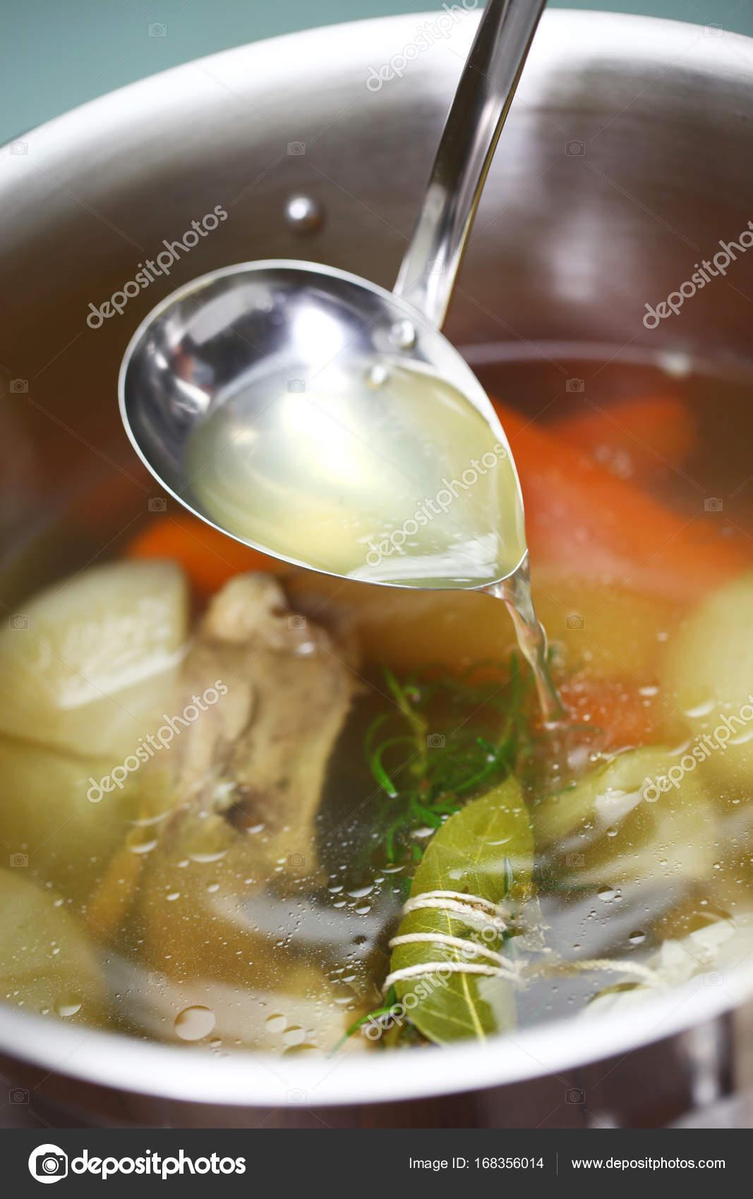 Фото приготовления куриного бульона