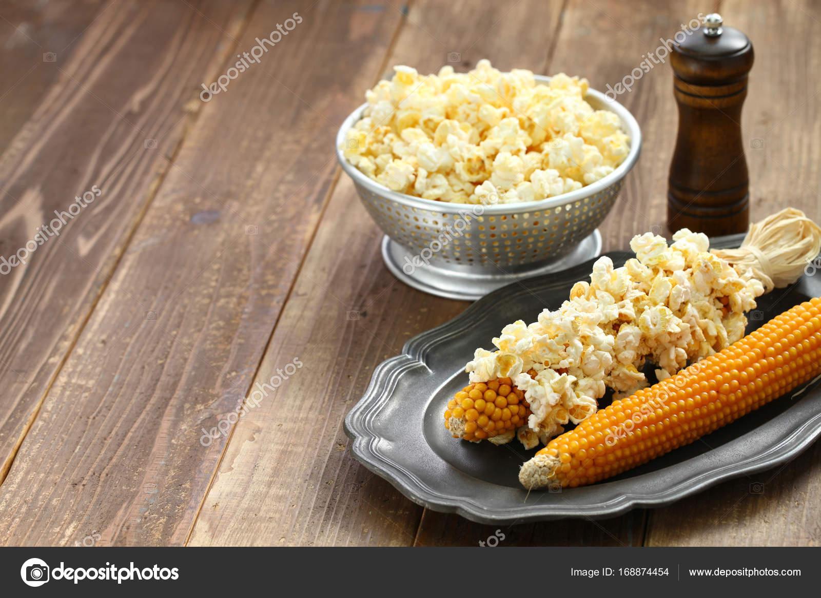 Maiskolben Popcorn