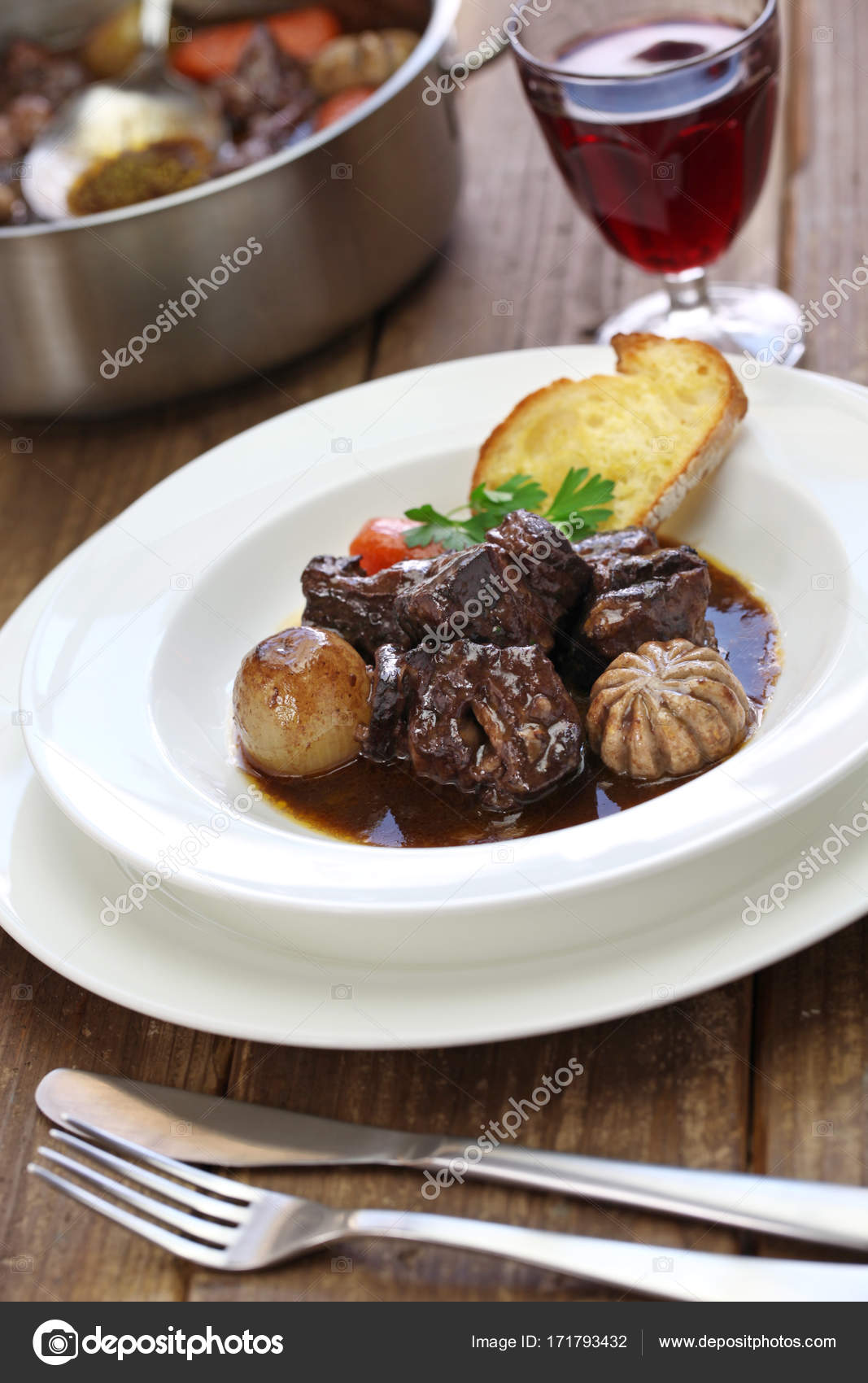 Говядина Беф Бургиньон: рецепт приготовления традиционного блюда французской кухни