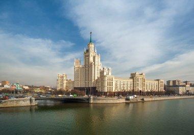 Illusion, Stalin skyscraper