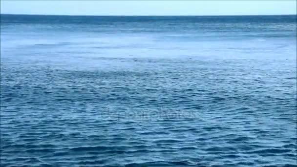Silný vítr na moři