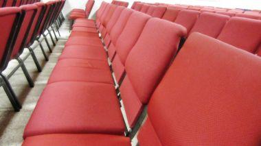 Red event chairs, sillas de eventos rojas