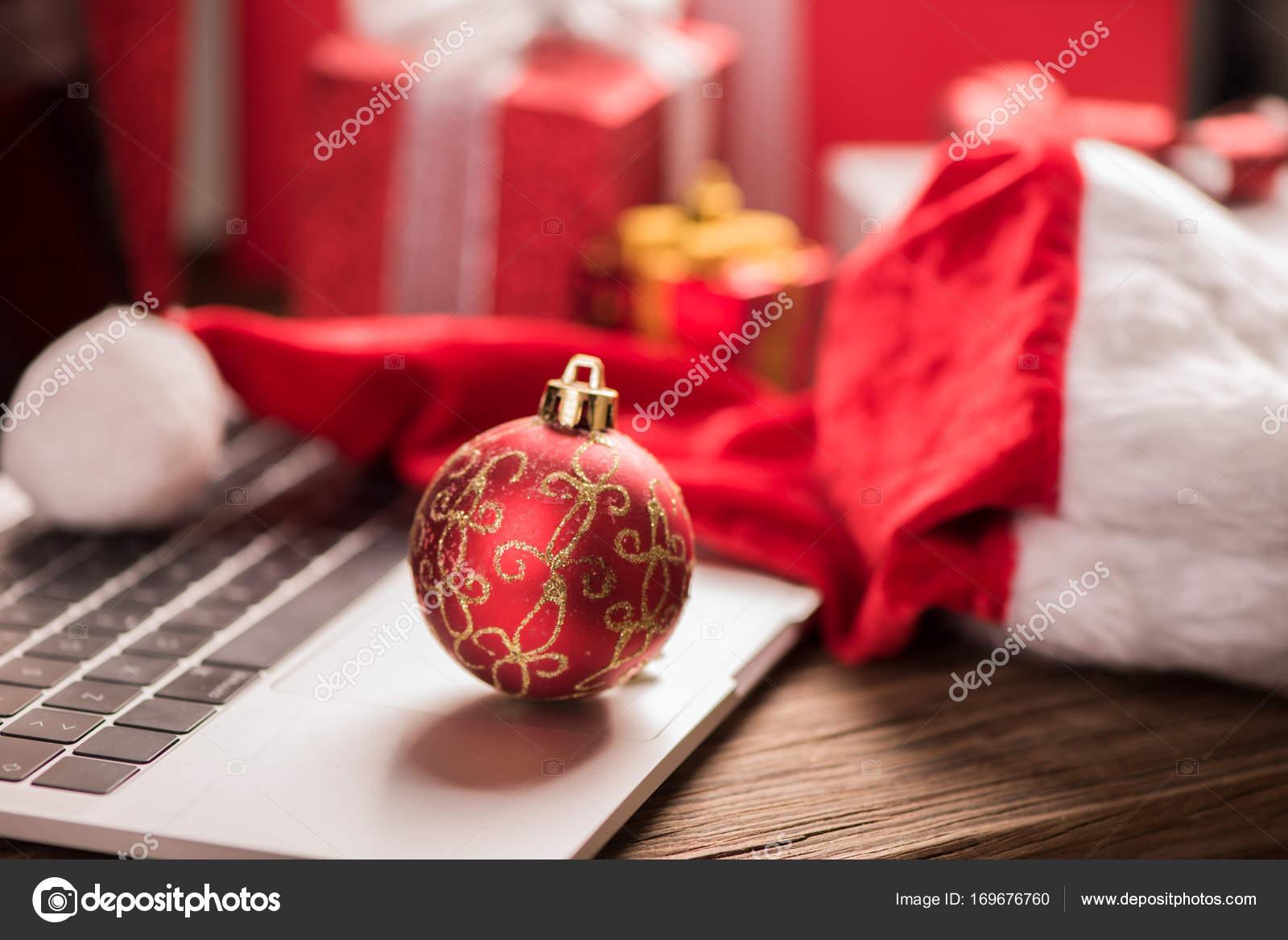Beste Weihnachten Geschenke Idee — Stockfoto © FabioBalbi #169676760