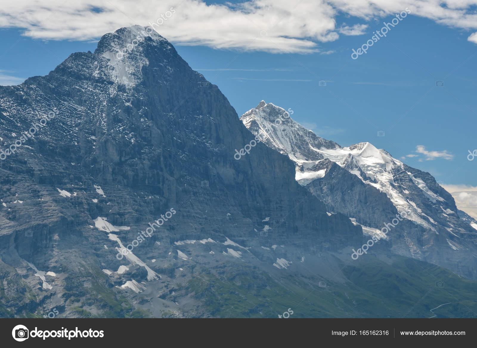 Cimeira de eiger nos alpes berneses sua stock photo bacil82 cimeira de eiger nos alpes berneses sua fotografia de stock reheart Choice Image