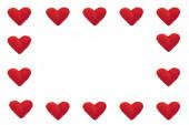 ručně vyráběné papírové srdce ve čtvercové struktuře, symbolizující lásku, koncept karty Valentinek, s prostorem pro kopírování