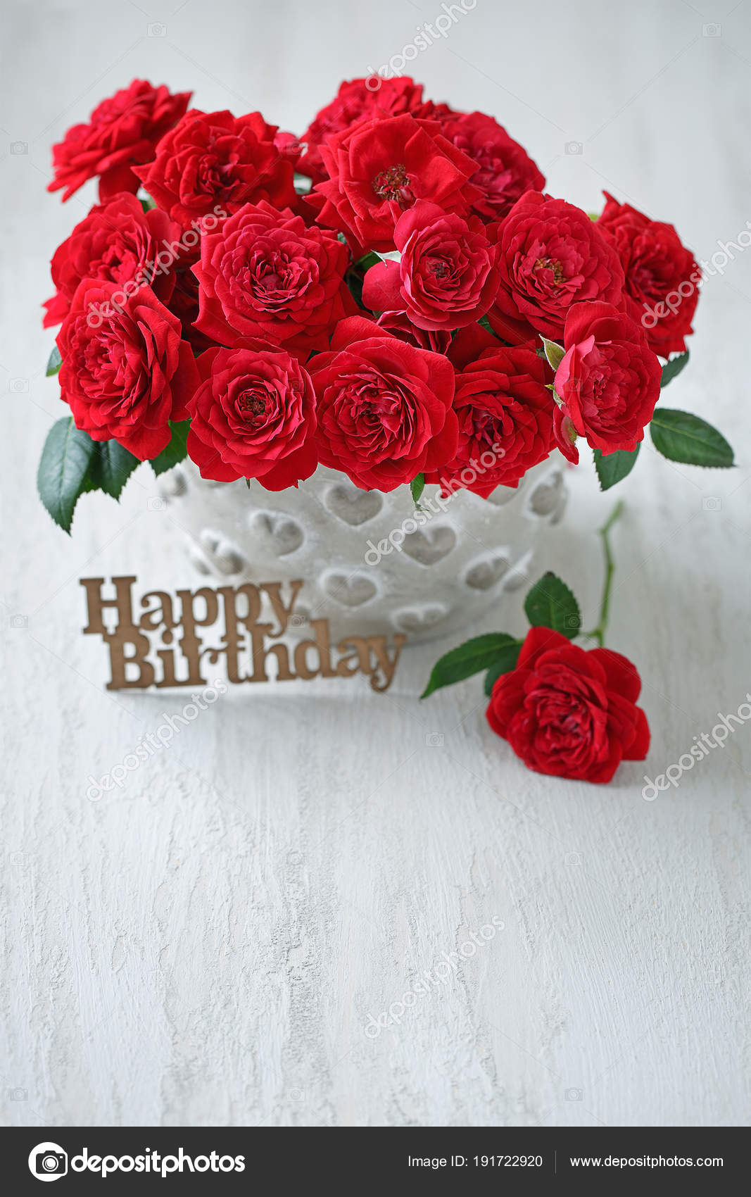 Beautiful Red Roses Beautiful Bouquet Birthday Congratulation