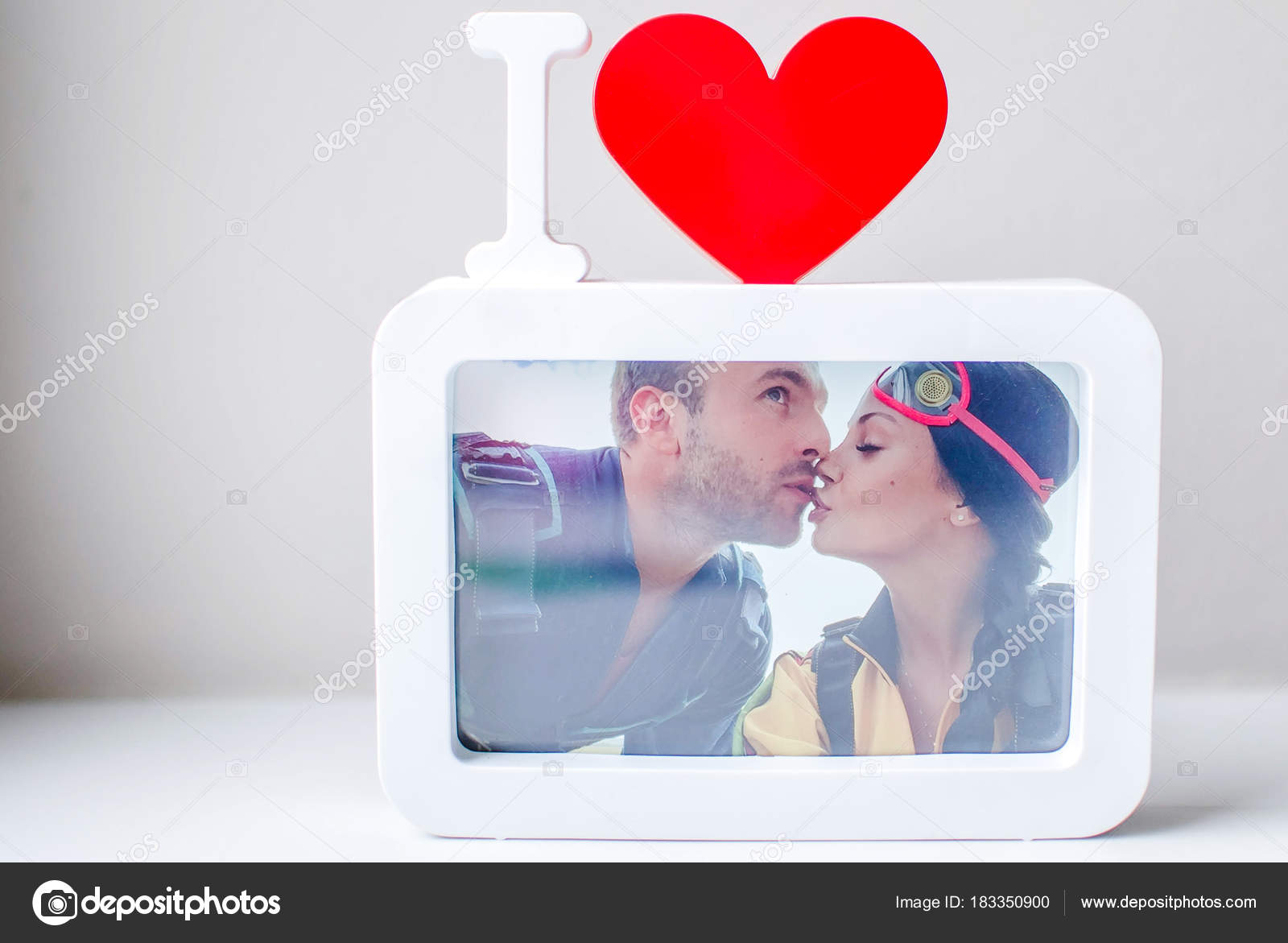 Liebe Ist Alles Die Sie Brauchen Moderner Bilderrahmen Mit Bild ...