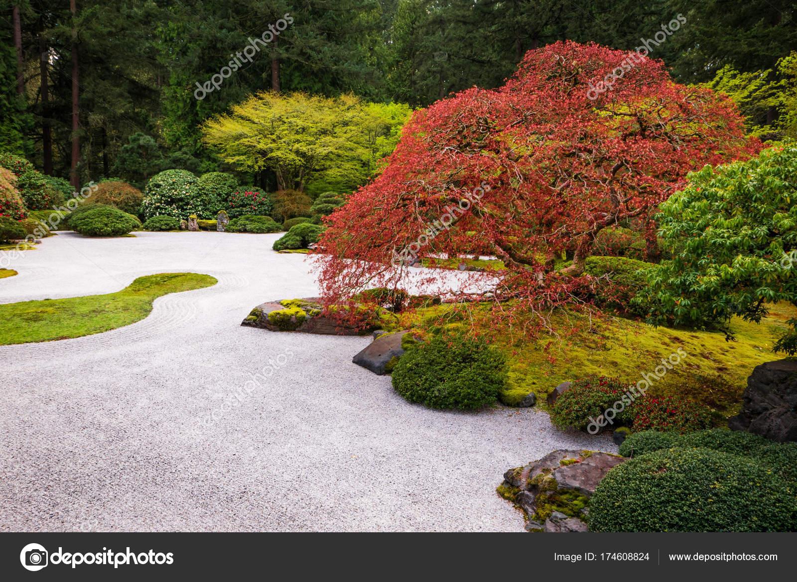 japanischer steingarten stockfoto tom 174608824. Black Bedroom Furniture Sets. Home Design Ideas