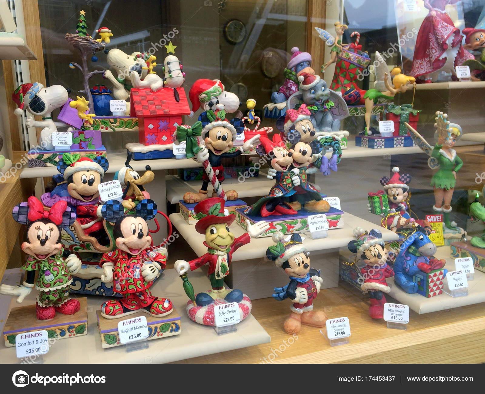 Shop Schaufenster Der Walt Disney Figur Figuren Redaktionelles