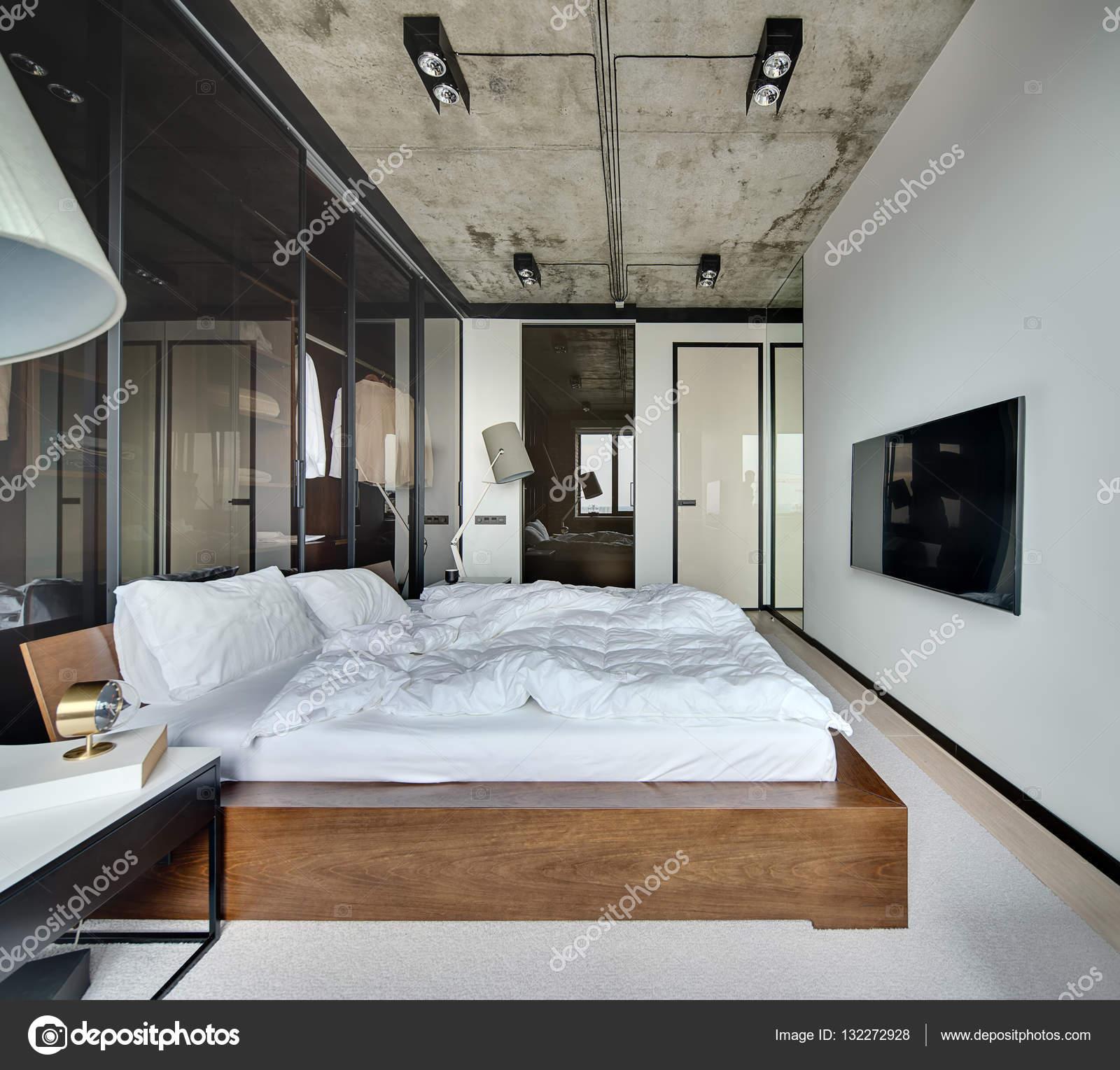 Hálószoba loft stílus — Stock Fotó © bezikus #132272928