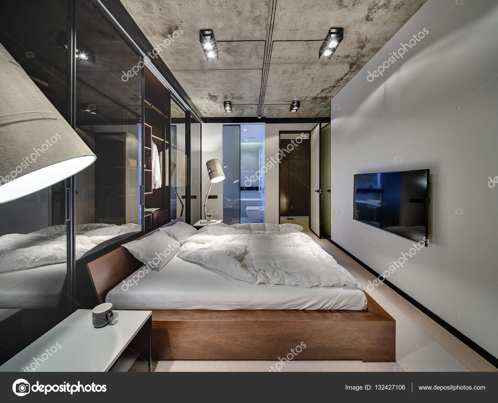Sypialnia W Stylu Loft Zdjęcie Stockowe Bezikus 132427106