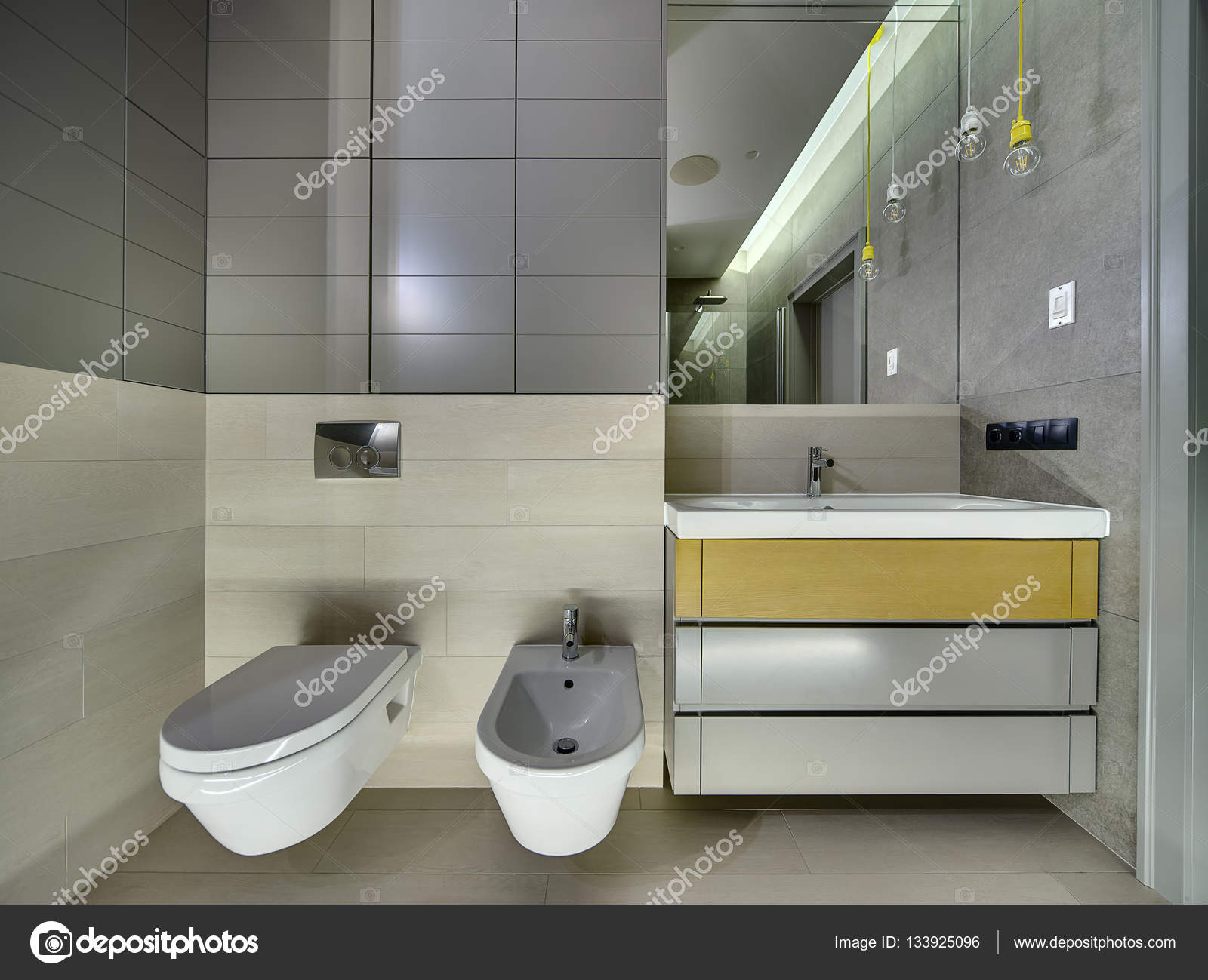 Badkamer in moderne stijl u stockfoto bezikus