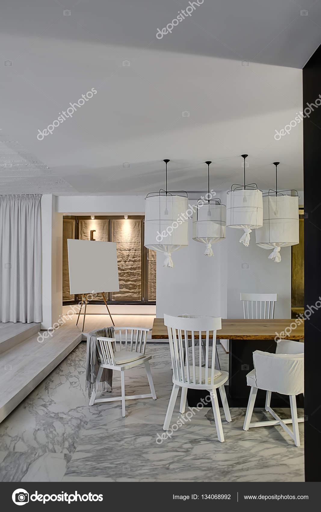 Halle im modernen Stil — Stockfoto © bezikus #134068992