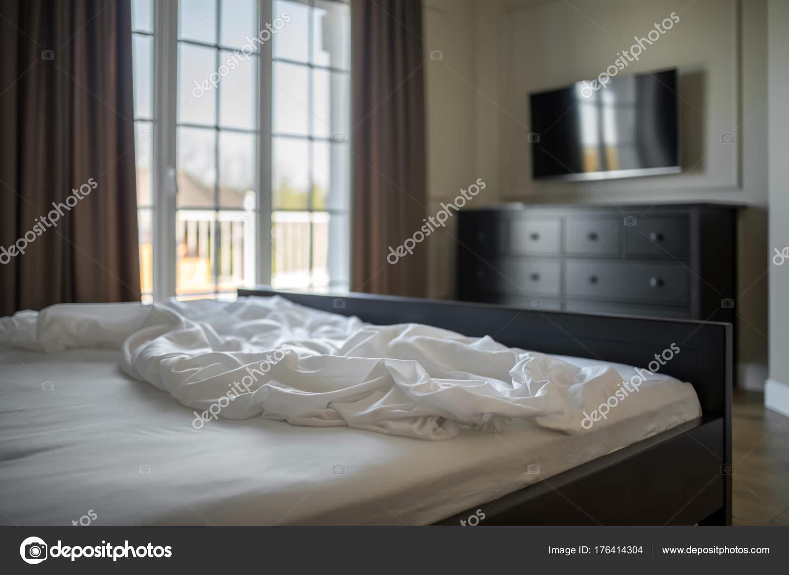 Slaapkamer in moderne stijl u2014 stockfoto © bezikus #176414304