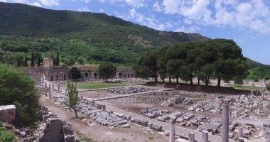 biblioteka celsus w Efezie z 135 roku reklamowego