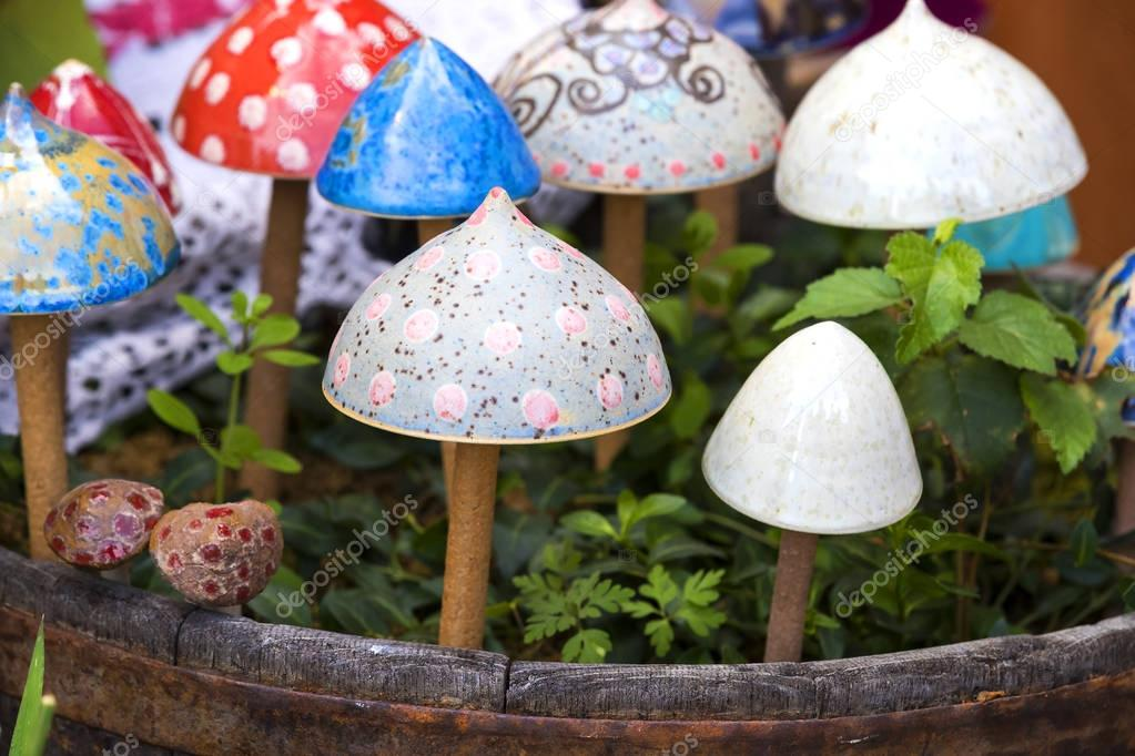 Фотообои Традиционной венгерской керамикой керамические грибы для украшения Горшков