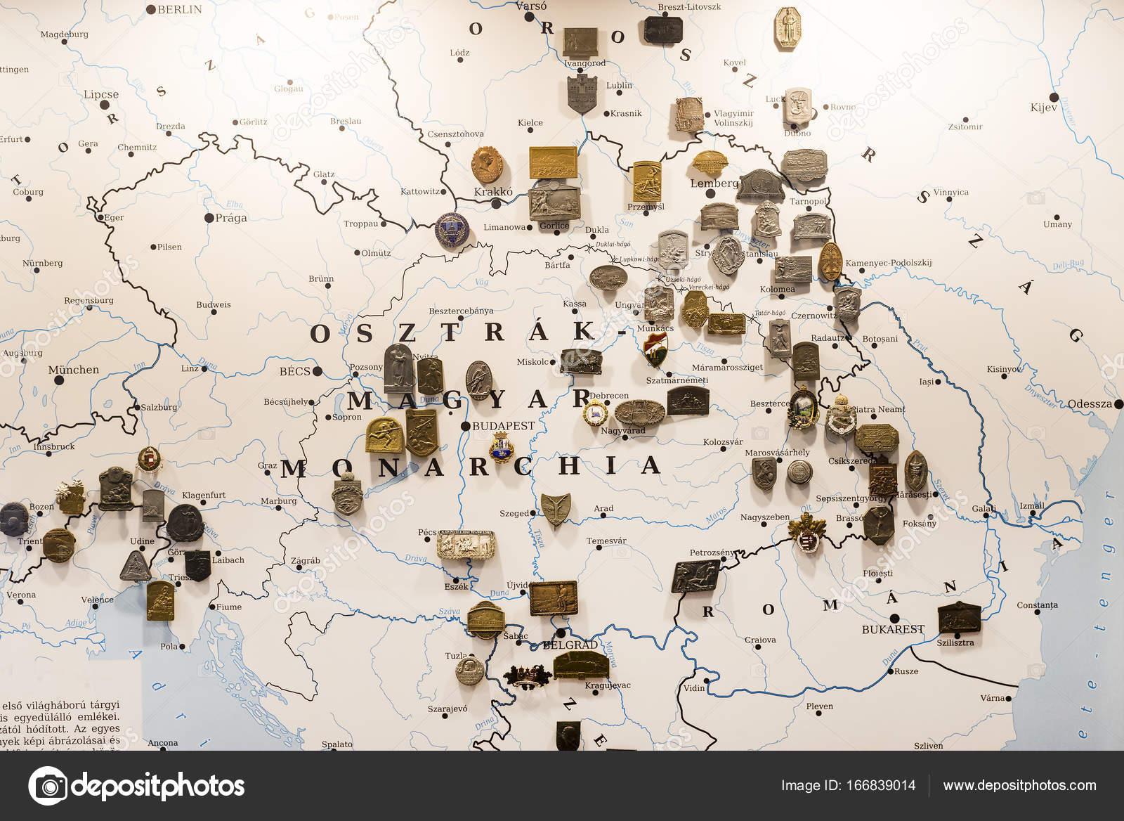 museu da história dos militares do exército húngaro com exposições