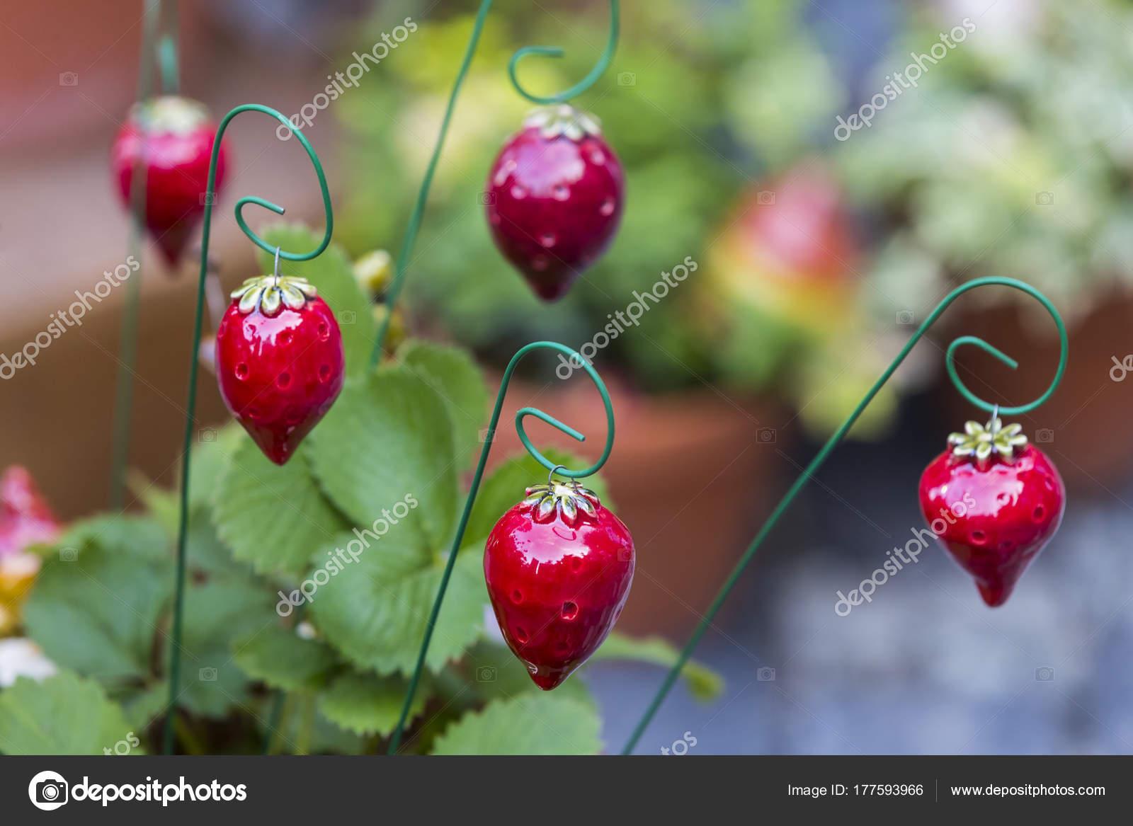 Traditionelle Ungarische Keramik Blumen Schmücken Den Innenraum Der