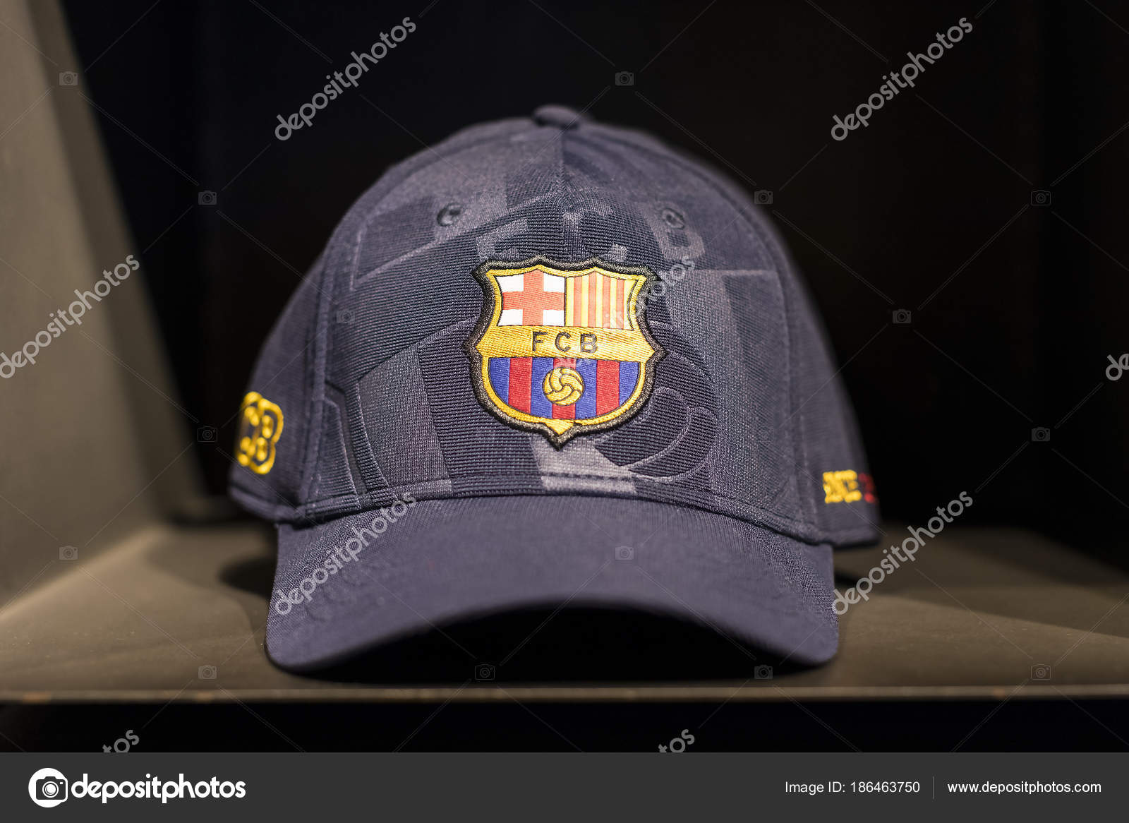 Barcelona Spain January 2018 Official Store Barcelona Clothing Footwear  Team — Stock Photo 04a1662eebf