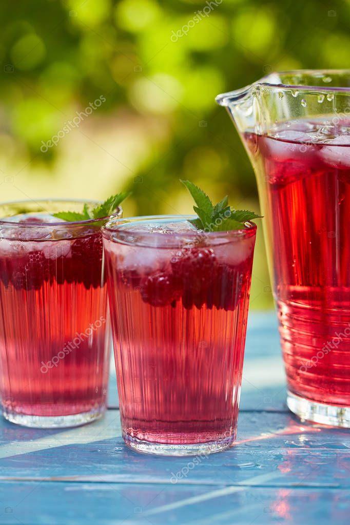 Summer lemonade with raspberry